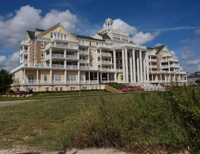 Monmouth County Adult Community For Sale: 700 Ocean Avenue #438