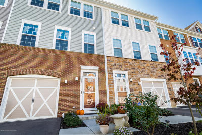 Eatontown Condo/Townhouse For Sale: 127 Waypoint Drive