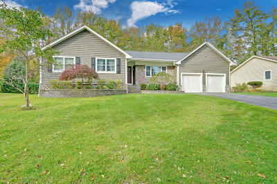 Ocean Twp Single Family Home Continue To Show: 32 Middlebrook Drive