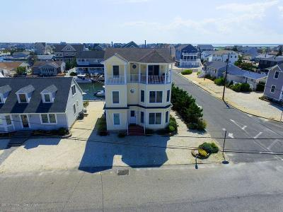 Lavallette Single Family Home For Sale: 425 Miami Drive