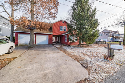 Single Family Home For Sale: 99 13th Street