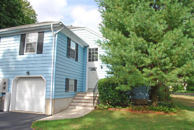 Middletown Condo/Townhouse For Sale: 504 Buckingham Circle