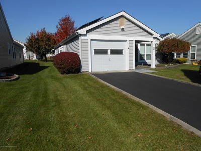 Leisure Knoll Adult Community For Sale: 10 Greenwich Avenue