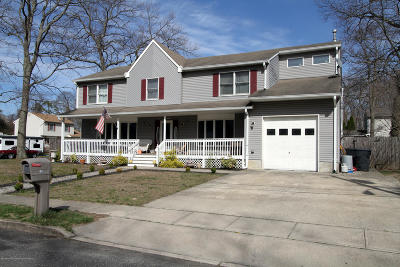 Brick Single Family Home For Sale: 365 Elm Lane