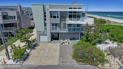 Seaside Park Single Family Home For Sale: 2 Island Dunes Drive