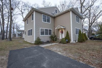 Brick Single Family Home For Sale: 898 Linden Avenue