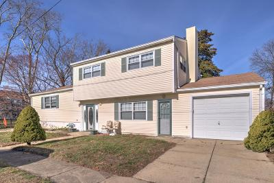 Single Family Home For Sale: 814 Hillcrest Road
