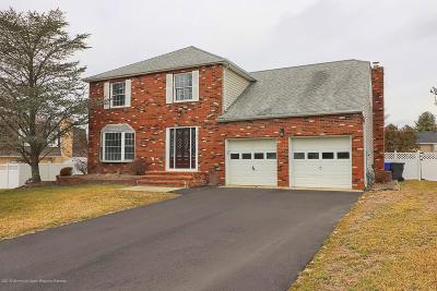 Toms River Single Family Home For Sale: 848 Westminster Drive