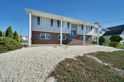 Toms River Single Family Home For Sale: 47 Pilot Road