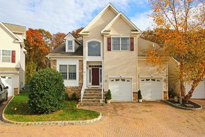 Atlantic Highlands Condo/Townhouse Under Contract: 44 Savannah Court
