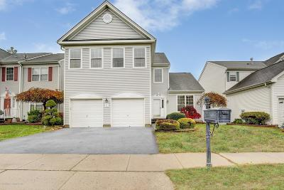 Manalapan Single Family Home For Sale: 6 Turnberry Drive