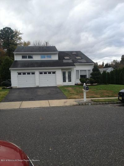 Howell Single Family Home For Sale: 57 Tioga Drive