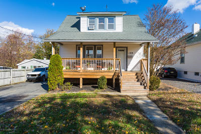 Monmouth County Single Family Home For Sale: 109 Stone Road