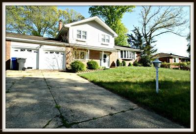 Toms River Single Family Home For Sale: 831 Regency Court
