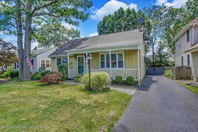 Point Pleasant Single Family Home For Sale: 2408 Willow Street