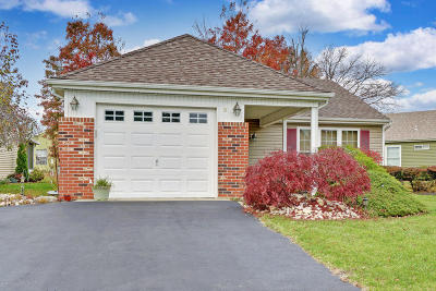 Leisure Knoll Adult Community Under Contract: 8 Normanton Avenue