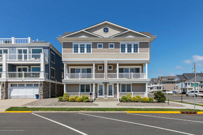 Monmouth County Condo/Townhouse For Sale: 811 Ocean Avenue #1