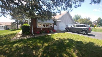 Crestwood 5, Crestwood 6, Crestwood 7, Crestwood Village 5, Crestwood Village 6 Adult Community For Sale: 2a Ardsley Avenue