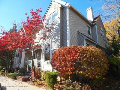 Holmdel NJ Condo/Townhouse For Sale: $309,000