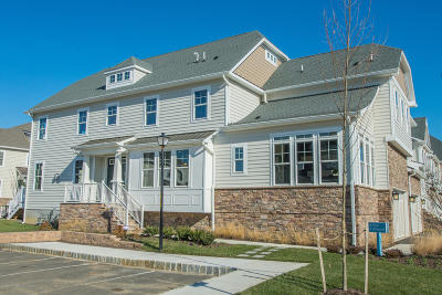 Monmouth County Condo/Townhouse For Sale: 1 Foulks Terrace #1901