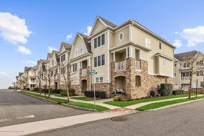 Monmouth County Condo/Townhouse For Sale: 14 Whitman Terrace