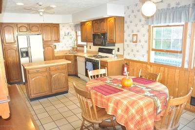 Toms River Single Family Home For Sale: 944 Hazelwood Road