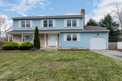 Howell Single Family Home For Sale: 3 Spicy Pond Road