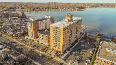 Red Bank Condo/Townhouse For Sale: 28 Riverside Avenue #1M