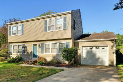 Toms River Single Family Home For Sale: 152 Twilight Court