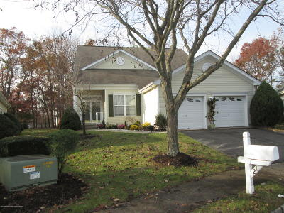 Four Seasons Adult Community Under Contract: 21 Greenfields Drive