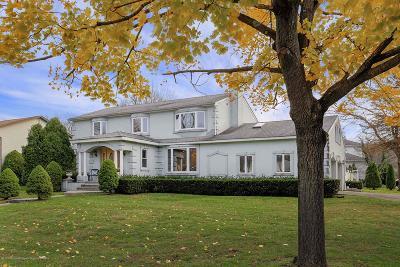 Ocean Twp Single Family Home For Sale: 8 Ellen Court