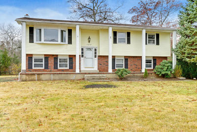 Toms River Single Family Home For Sale: 2474 Whitesville Road