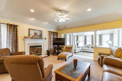 Westlake Single Family Home For Sale: 103 Cypress Point Lane