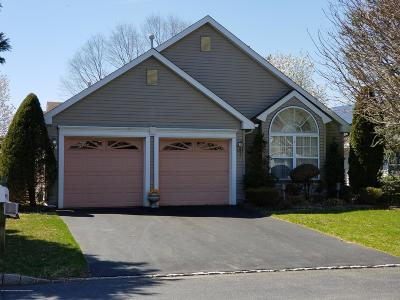 Fairways @ Lkw, Fairways At Lake Ridge Adult Community For Sale: 73 Rosewood Drive