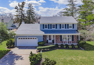 Point Pleasant Single Family Home For Sale: 902 Stonehedge Lane