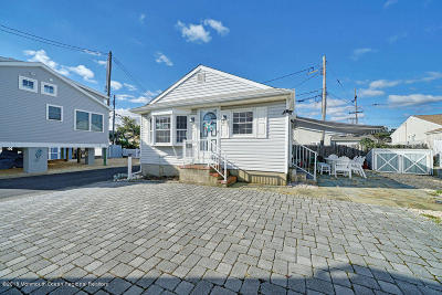 Lavallette Single Family Home For Sale: 48 E Tide Way