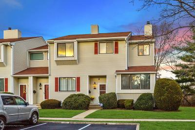 Middletown Condo/Townhouse For Sale: 151 Clubhouse Drive