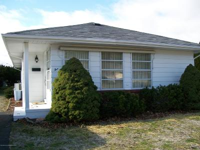 Berkeley Adult Community For Sale: 5 Guadeloupe Drive