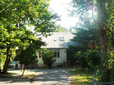 Lakewood Single Family Home Under Contract: 1499 E Spruce Street