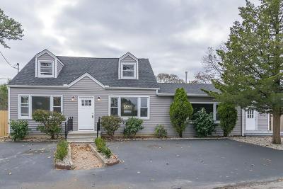 Brick Single Family Home For Sale: 379 Barnegat Lane