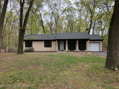 Jackson NJ Single Family Home For Sale: $300,000