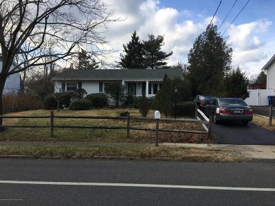 Toms River Single Family Home For Sale: 610 Vaughn Avenue
