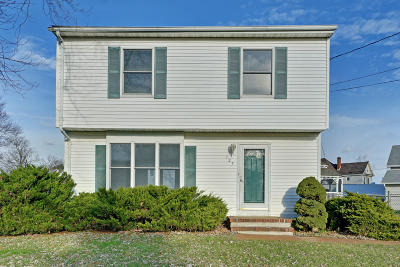Toms River Single Family Home For Sale: 125 Dover Road