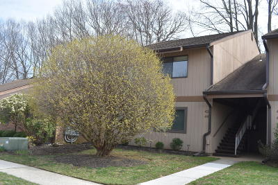 Monmouth County Adult Community For Sale: 42 Dickinson Court