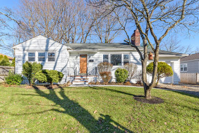 Red Bank Single Family Home For Sale: 51 Wilson Circle