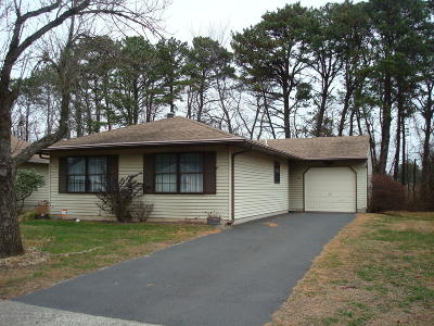 Seaview Vlg Adult Community Under Contract: 172 Seaview Avenue