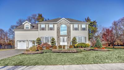 Toms River Single Family Home For Sale: 764 Jacqueline Court