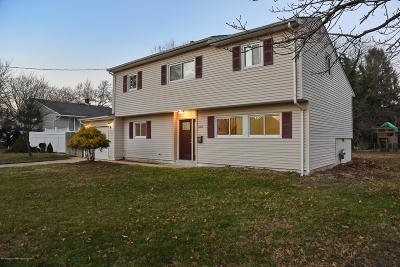 Middletown Single Family Home For Sale: 505 Belmont Drive