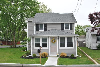 Point Pleasant Single Family Home Under Contract: 1136 Hollywood Boulevard