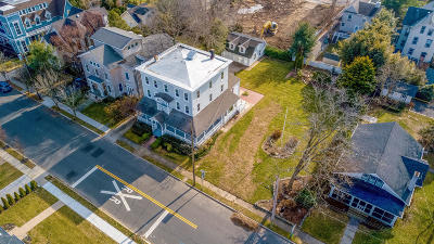 Monmouth County Single Family Home For Sale: 417-419 Ocean Road